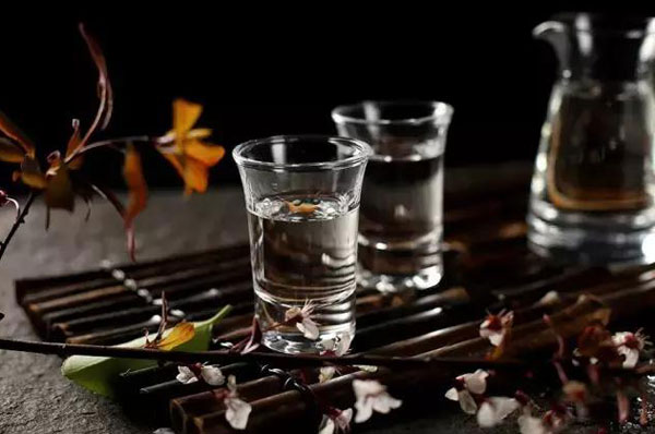 高度白酒能否防御新型冠状病毒