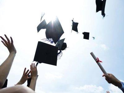 2020大学专业有哪些前景好的 哪些专业适合理科女生?