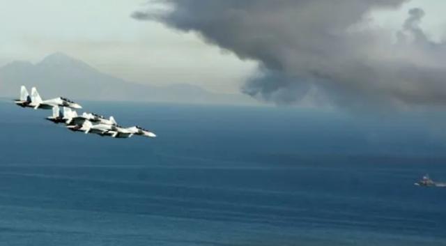 美军侦察机被曝疑似从台湾起飞,美军舰闯入中国南海最新消息-第3张图片-免单网