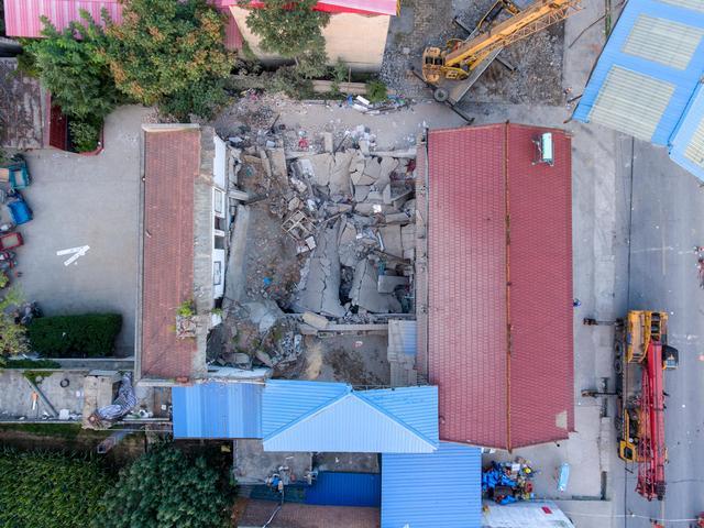山西坍塌饭店老板亲戚发声,山西临汾一饭店坍塌-第3张图片-免单网