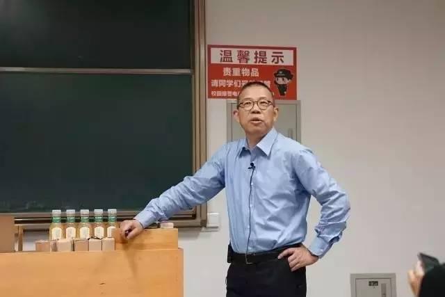 农夫山泉创始人成中国首富-农夫山泉创始人这样赚钱