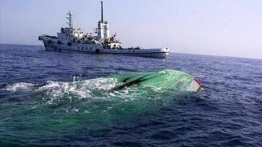 渔船触礁时应怎么办