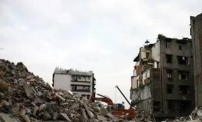 印度居民楼倒塌事故已致41人死亡,印度居民楼倒塌死亡人数中包括18名未成年人-第2张图片-免单网