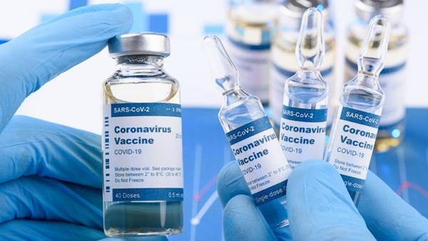 新冠疫苗注射后多长时间不能饮酒,注射新冠疫苗后可以喝酒吗-第1张图片-免单网