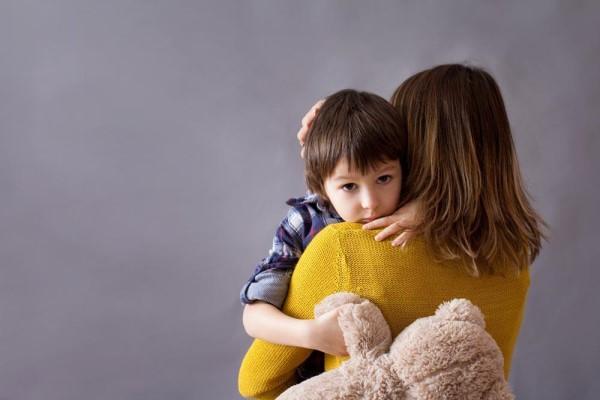 宝宝上幼儿园不合群怎么办,宝宝上幼儿园不爱说话-第1张图片-免单网