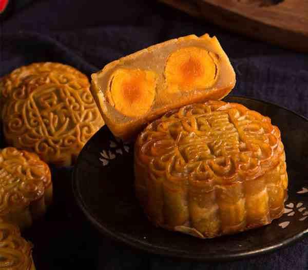 中秋节吃月饼的优美句子