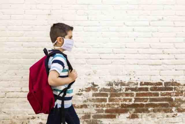 美国新冠肺炎近790万例