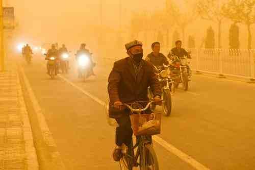 朝鲜担心沙尘暴携带病毒,沙尘暴会传播病毒吗  第2张