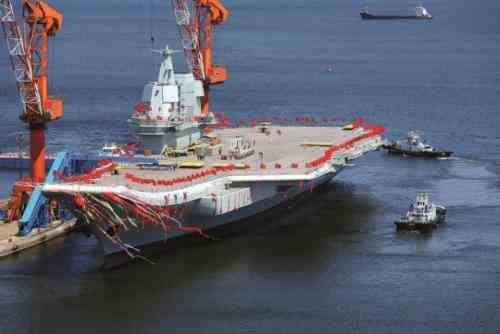 舰长介绍首艘国产航母最新情况