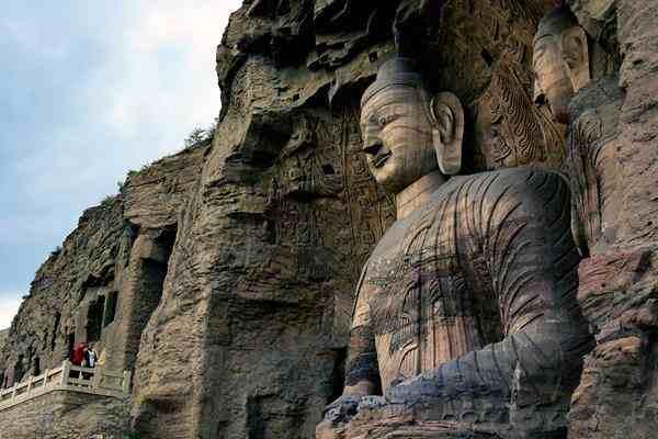 全国石窟寺景区将严控游客数量