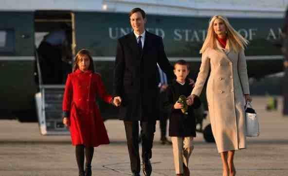 美媒:伊万卡夫妇带3个孩子退学