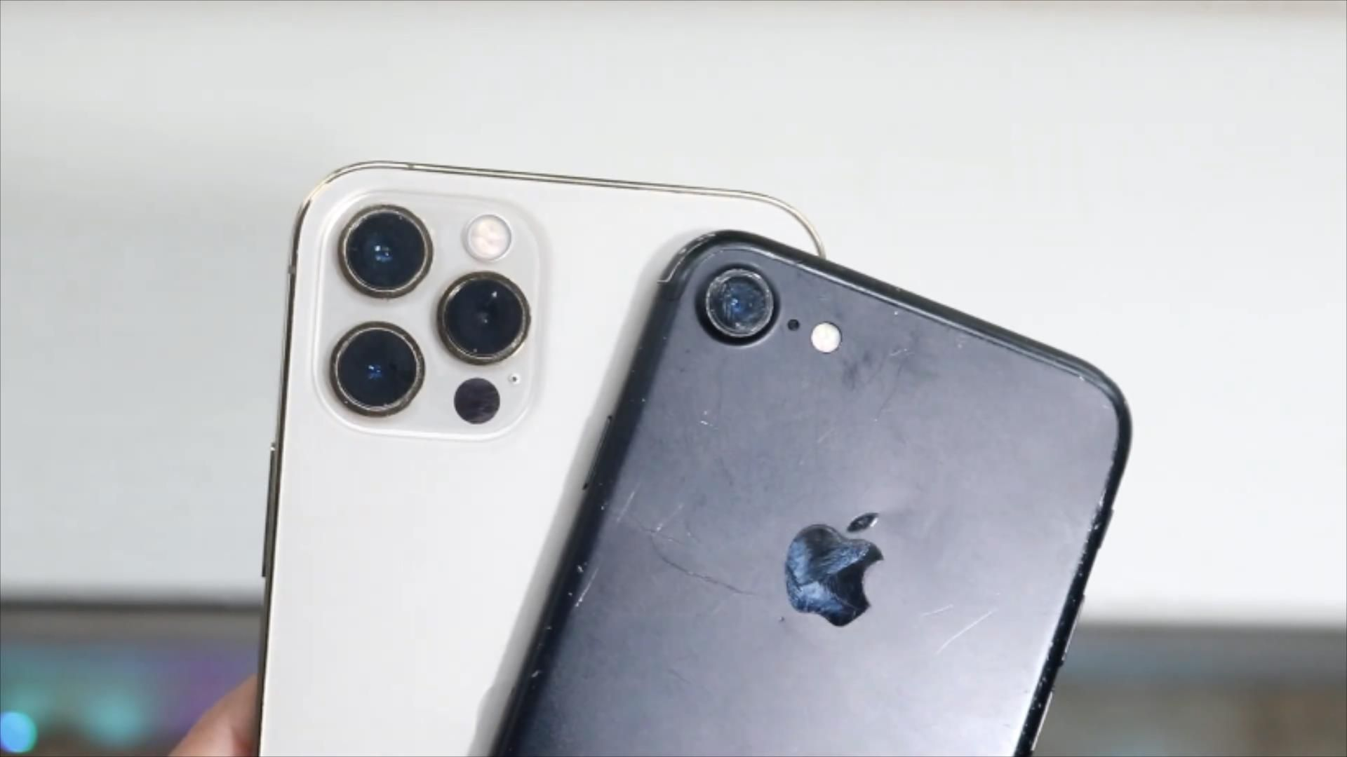 iPhone12Pro和iPhone7真机深度对比