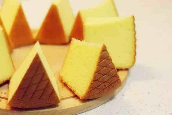 轻乳酪蛋糕和芝士蛋糕的区别(详解什么是海绵蛋糕、戚风蛋糕、芝士蛋糕、慕斯蛋糕)