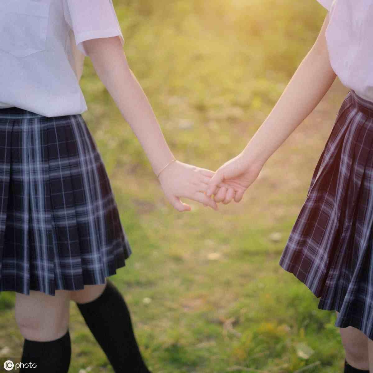 描写闺蜜友谊的唯美句子,超暖心的友情句子简短好听