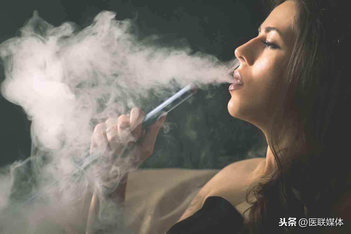 烟瘾依赖自测:1天内有3个表现,请烟民自觉戒烟
