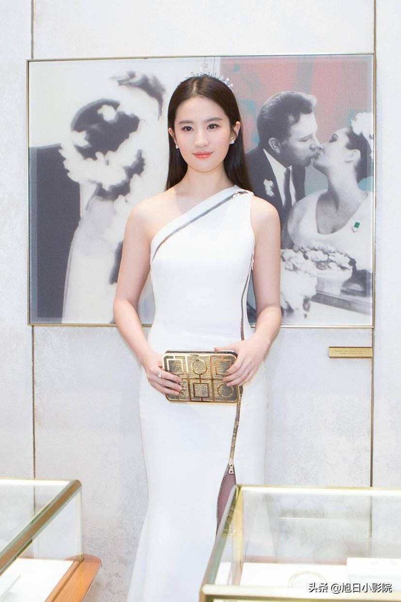 中国娱乐圈身材最好的十大女明星,一个比一个性感!