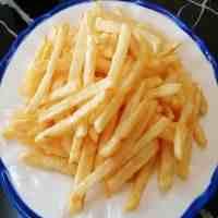 炸薯条不用冷冻的做法(炸薯条最简单的家庭做法)