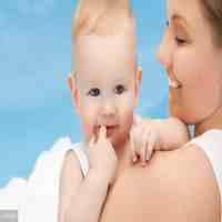6个月的宝宝发育标准(脑发育迟缓的8大症状)