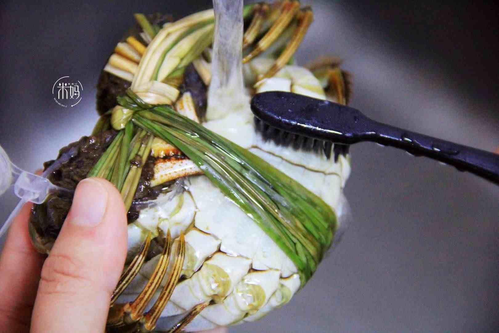 大闸蟹的正确吃法,简单几步让你把蟹吃精光,不浪费