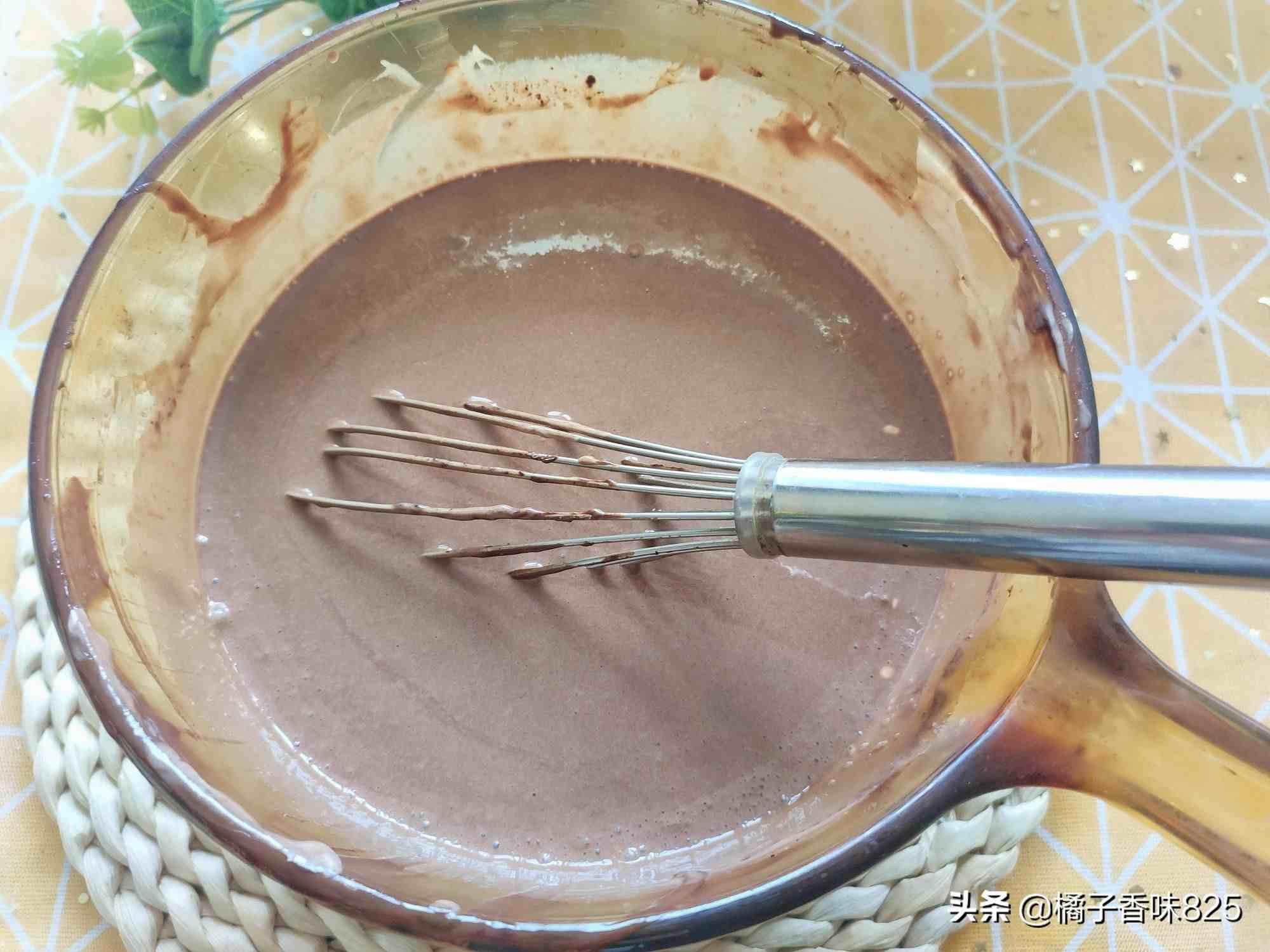 巧克力冰激凌的做法(在家自制巧克力冰淇淋)