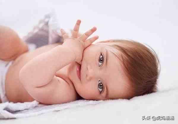 婴儿呕吐( 宝宝呕吐的原因)
