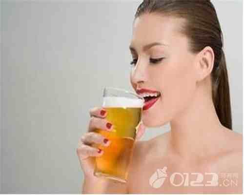 孕妇可以喝啤酒吗?(孕妇可以喝啤酒吗?)