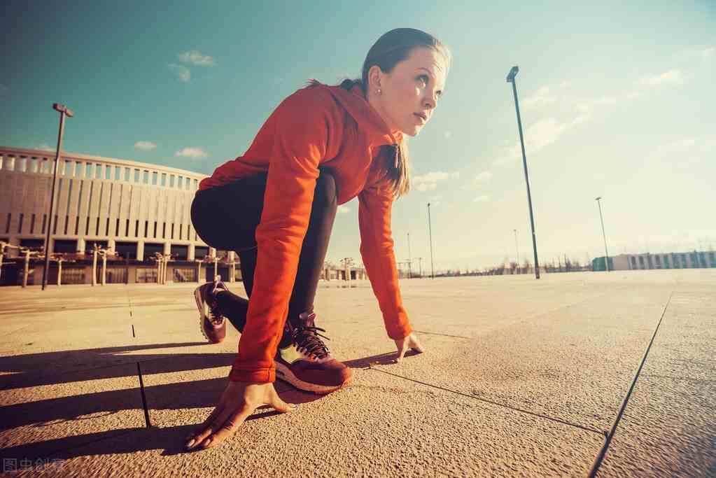 百米赛跑技巧(100米短跑有什么技巧?)