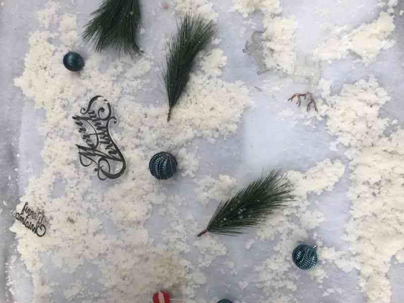下雪发朋友圈短句 2020最新适合下雪发朋友圈的文案 雪景配文感想