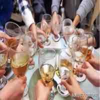 解酒吃什么(什么食物能快速解酒?)